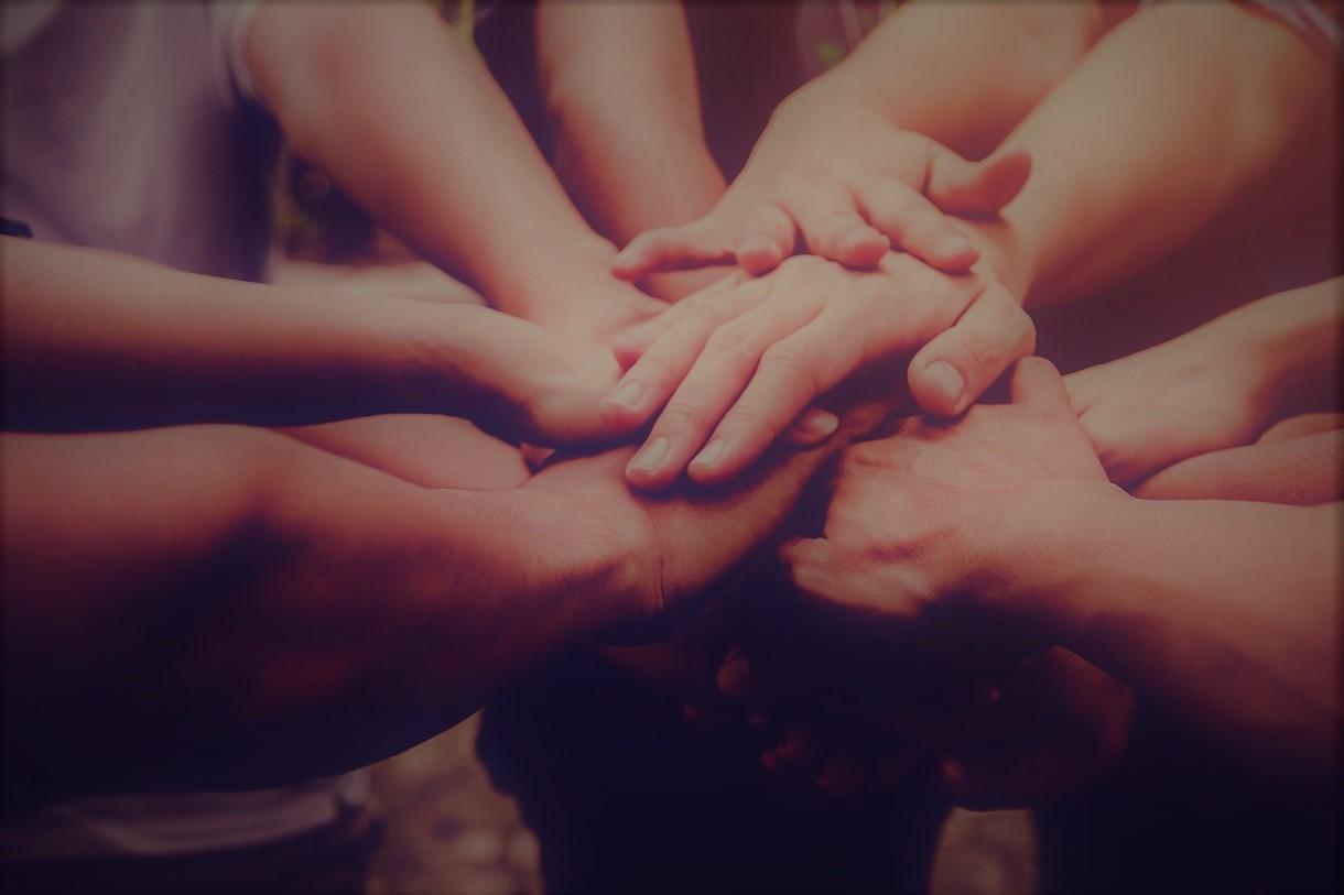 Helping-Hands (3)